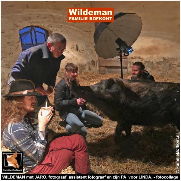 WILDEMAN met JARO, fotograaf, assistent fotograaf en zijn PA  voor LINDA. - fotocollage